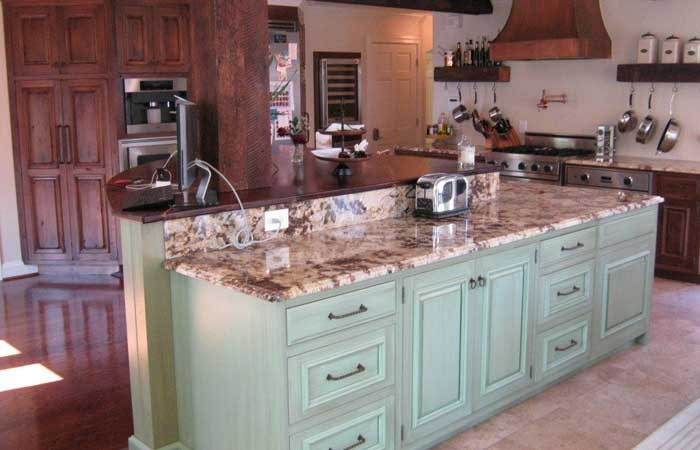 Kitchens and Baths Heritage Cabinet Co